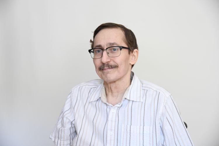 avramcsev-peter
